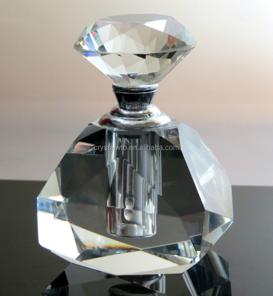 nice design crystal perfume bottle
