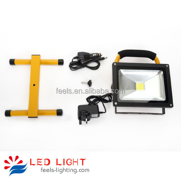 outdoor ip65 waterproof 12v rechargeable portable led flood light 20w