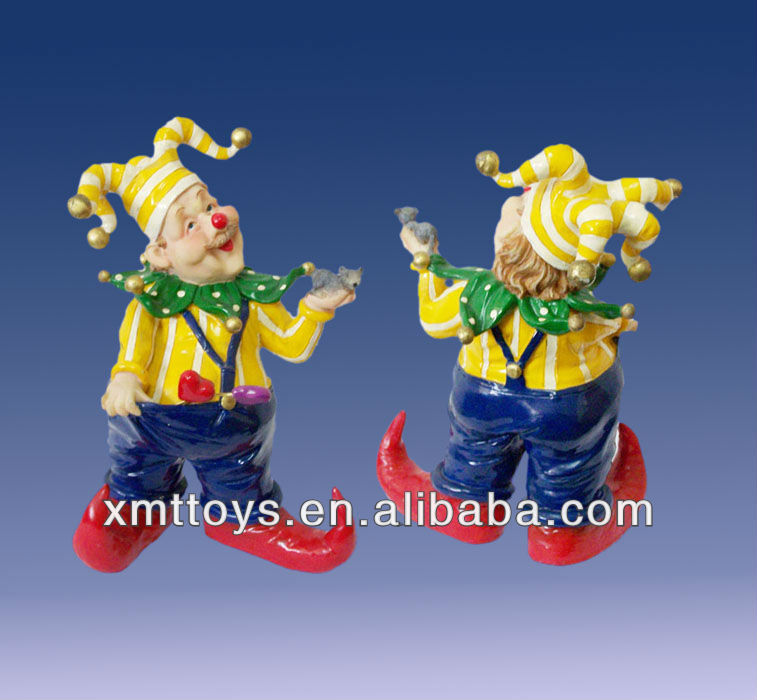 funny clown figurines