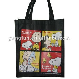 snoopy nonwoven shoulder bag