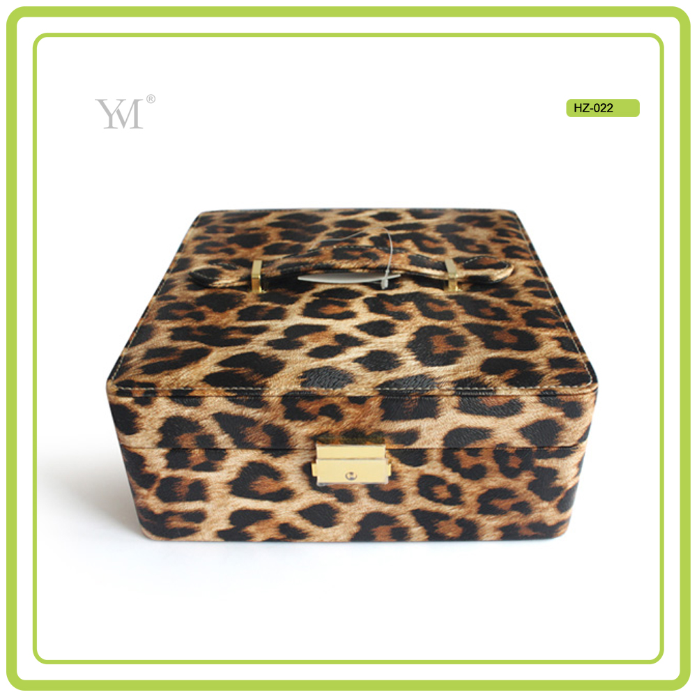 PVC leather with leopard pattern 2017 professional beauty box cosmetic vanity makeup case with lights