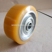 China Manufacturer High Quality Daewoo Forklift PU Solid Tires 230x70 Drive Wheel Assembly