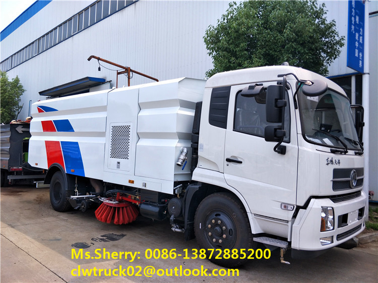 CLW factory direct sale Dongfeng Tianjin vacuum road sweeper truck with water spray system