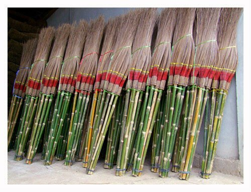 Coconut sticks broom