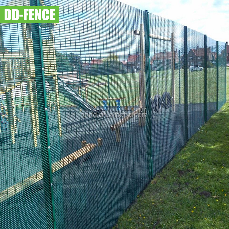 easy assembly Plastic anti climb /anti cut /high security fence/358 security fence for wholesales