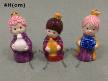 L'Epiphanie decoration mini ceramic three king figurine for trinket in cake