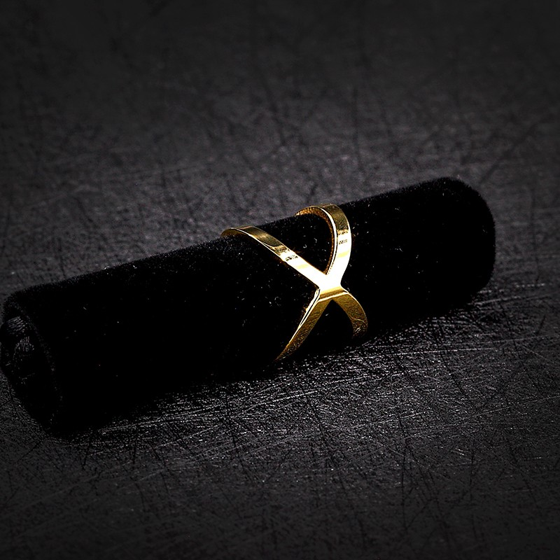 2017 Simple Latest Gold Finger Stainless Steel Ring Designs For Women