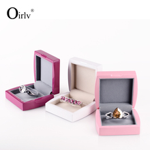 Oirlv China OEM Custom Logo Solid Wood Gift Boxes for Wedding Jade Bracelet Bead Wooden Jewelry Display Bangle Box