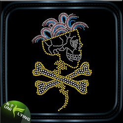 Wholesale Crystal Gold Iron Ons Dance Mom Skull Hotfix Rhinestone Transfers For Motif