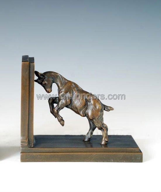venta caliente caballo de bronce esculturas para estantera