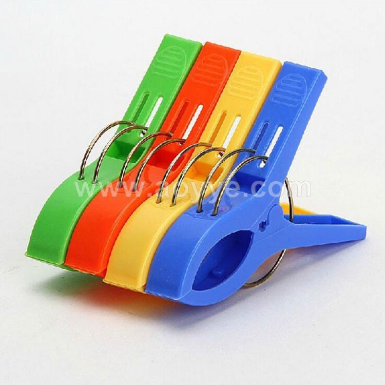 Wholesale 4pcs colorful large size custom home Plastic quilt washing clothes strong drying clip clothes hanger pegs