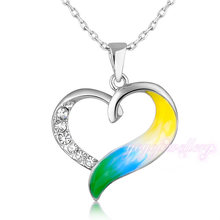 Fashion jewelry 2015 accessories for women gold plated crystals in a heart pendant necklace