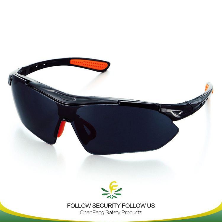 personal sport lab use goggle with trendy design