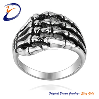 The Fashion Hand Shaped Ring Finger