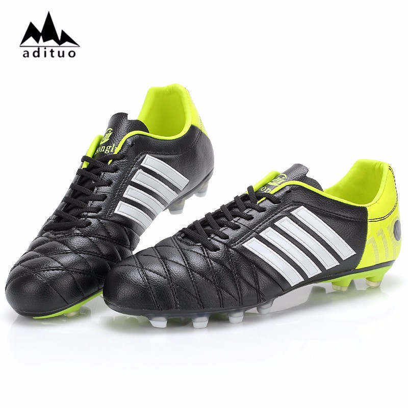 Professional Wholesale Comfortable Used Soccer Shoes