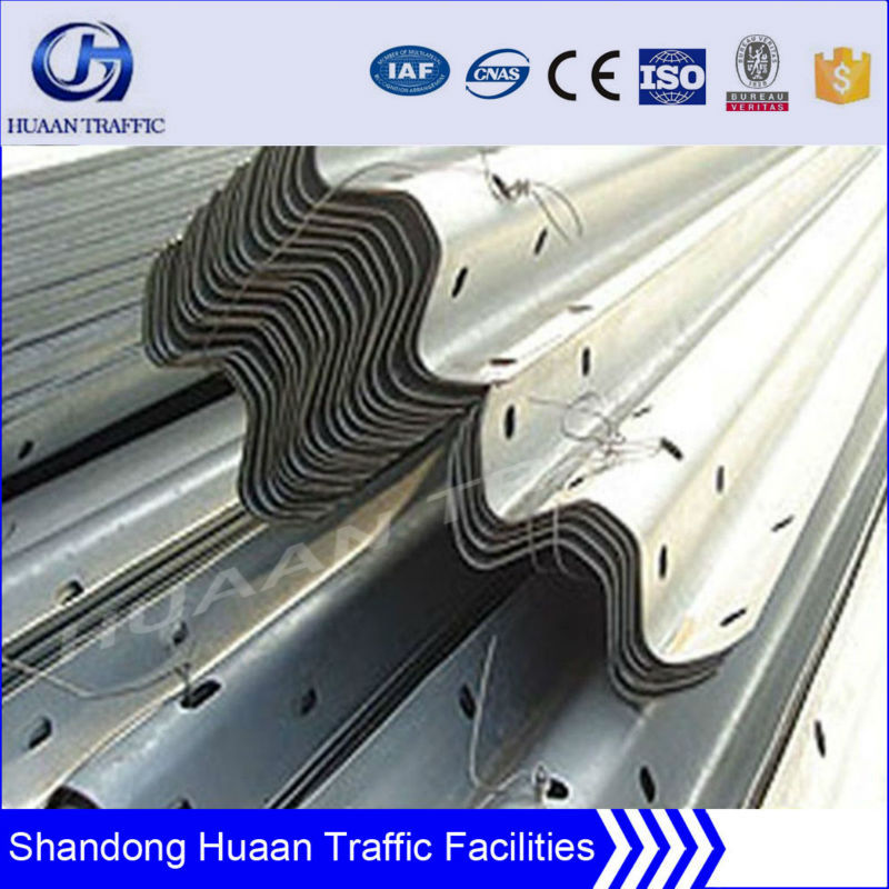 W Wave Beam Three Wave Beam Highway Guardrails Hot Dip Galvanized Barriers Crash Barriers Road Safety Barriers