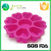 Chinese factory Wholesale Modern Popular design eco-friendly car gun cake pan mold silicone banana shape cake mold