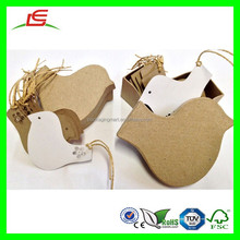 D233 High Quality Paper Mache Made Bird Box with Tags