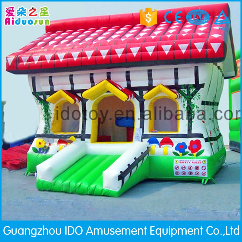 Newest customized castle kids inflatable outdoor games