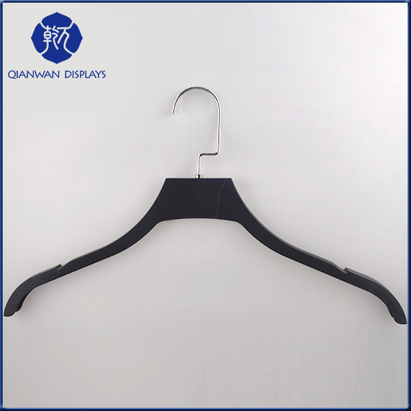 2016 Hot selling coat hangers for clothes plastic bridal dress hanger