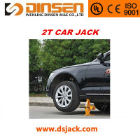 car lifting type design scissor jack