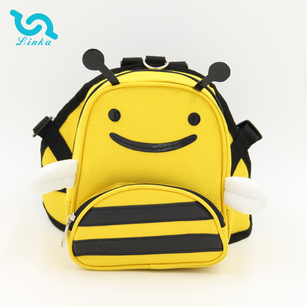 2015 New Novelty Bee Shape Anti Lost Pet Backpack Easy Travel Dog Pet Backpack