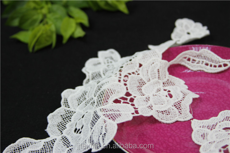 computer embroidery ladies neck lace design
