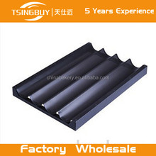 Tsingbuy wholesale Nonstick Perforated Baguette French Bread Loaf tray 4 rows Bread Baking Pan