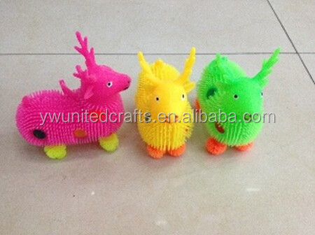 2015 Hot sales fashion TPR toys,plastic deer toys,Yoyo light-emitting toys