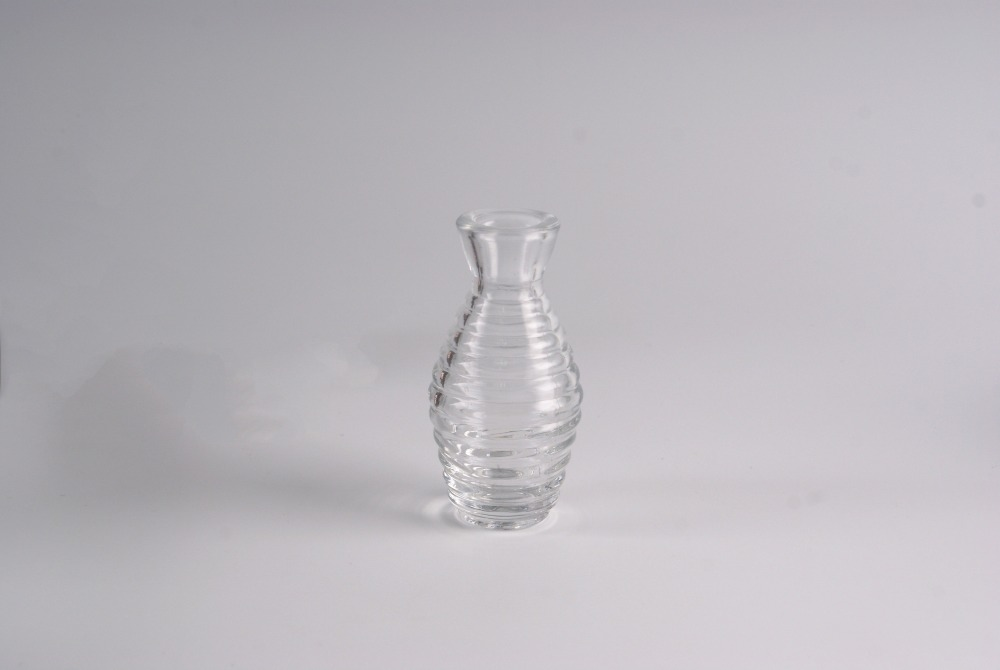 new design transparent glass perfume diffuser bottle