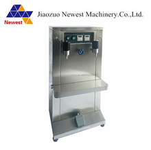 Factory Price manual filling machine/small juice filling machine/liquid filling machine price