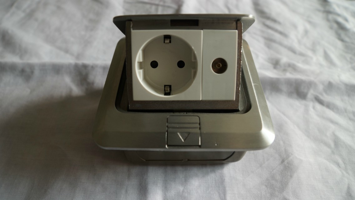 floor socket outlet / double floor socnet / multimedia socket