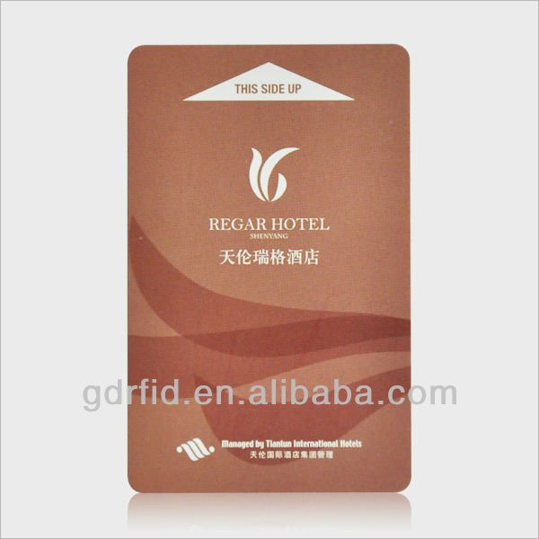 ISO 125KHz 13.56MHz 915MHz contactless smart card EM4102 chip for door control system