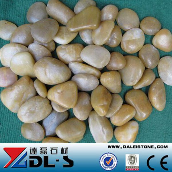 Natural yellow color Pebble Stone High polished super grade indoor decorative stone, Landscaping