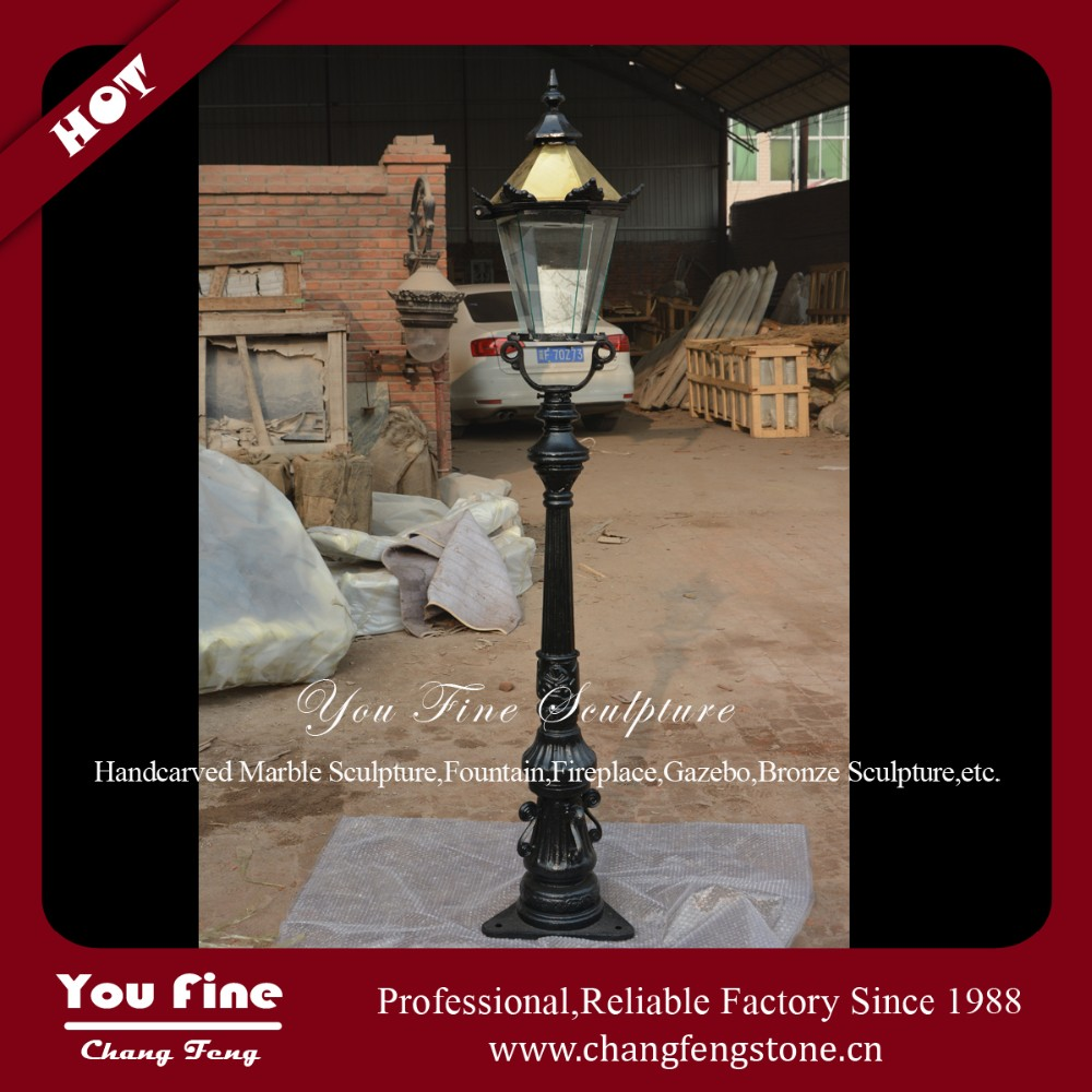 Street Cast Iron Decorative Lamp Post