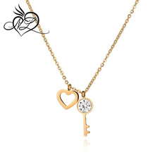 New Design Jewelry Women 18k Gold Plated Stainless Steel 3A Zircon Heart shaped Key Necklace