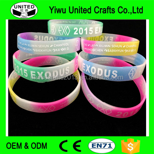 2017 fluorescent mosquito repellent yiwu silicone wrist band custom