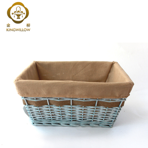 Beautiful Empty Wicker Gifts Basket for Christmas