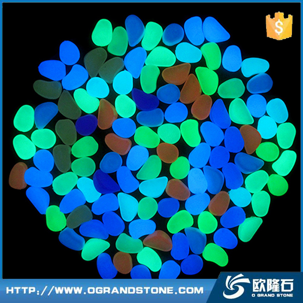Green lighting pebble stones glow in the dark paving stone colorful glow stone