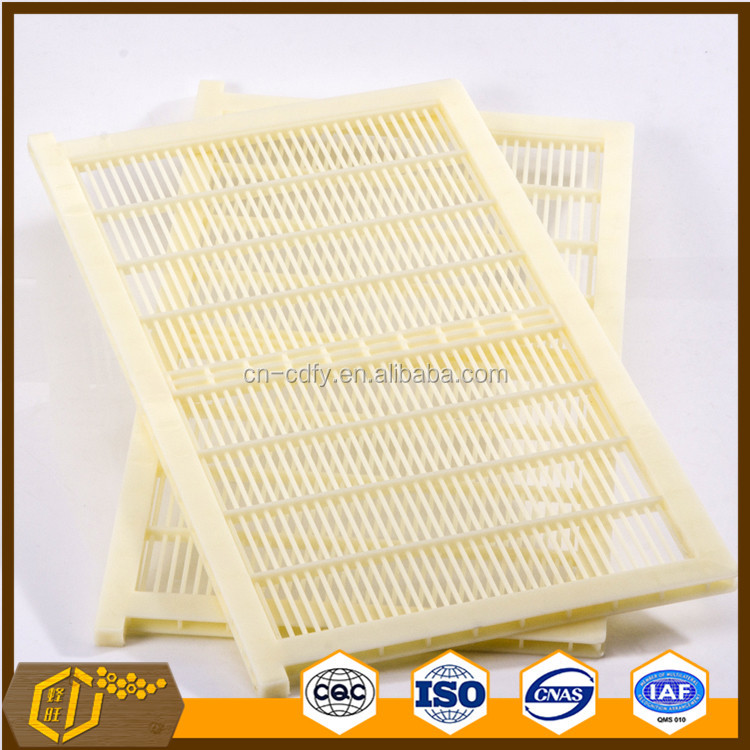 plastic queen bee excluder with PE and PP material QE-5