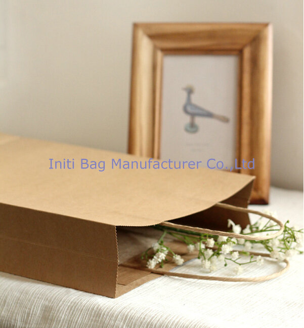 Alibaba China New Products Christmas Customised Raw Materials of Paper Bag