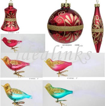 Christmas Glass Birds And Pinecone