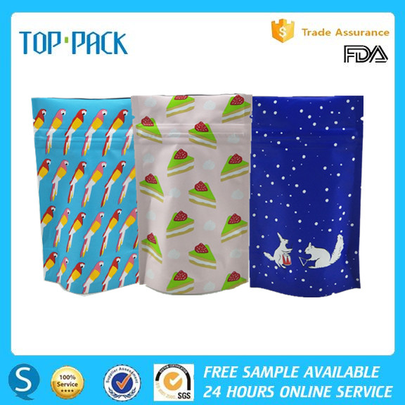 OEM approval food use plastic aluminum foil stand up packaging bag with zipper for fishing lure candy