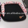 Inflatable booster seat with ECE