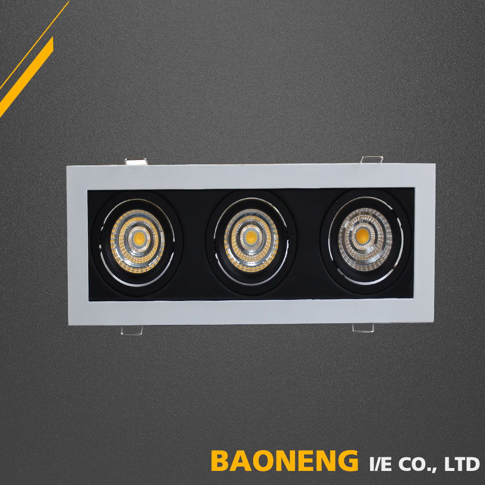 SAA CE RoHS Approved High Lumen 90Lm / W Lighting COB 3 * 5W LED Ceiling Light