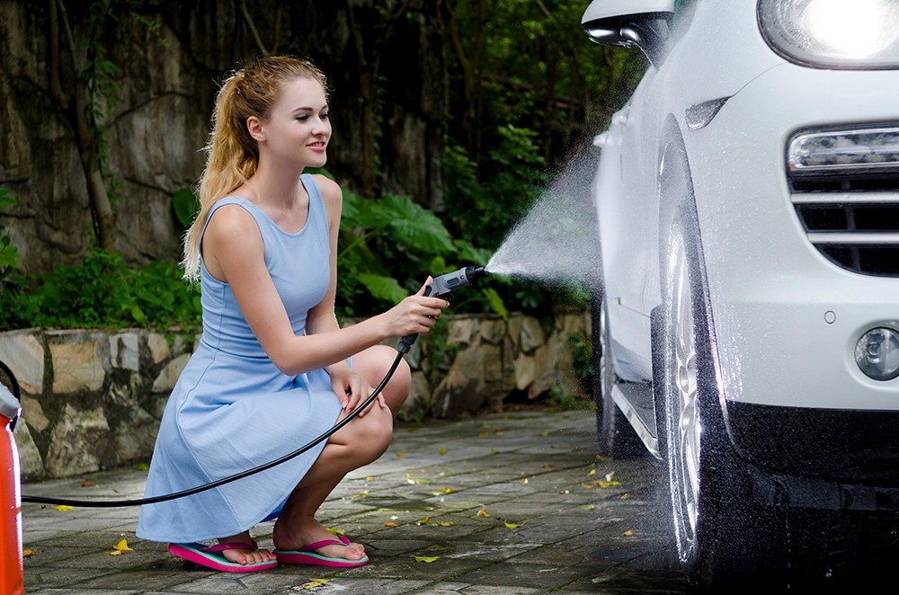 optima steam leisu wash touchless12V DC water pressure car wash machine with 15L water tank - brush- sprayer
