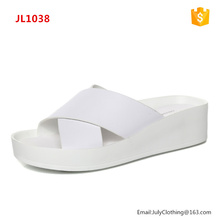 2017 Women Latest style Flat Sandals Fashionable Slippers shoes