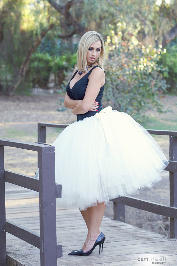 65cm Long hand made waist adjustbale red Tulle Skirt - Adult Knee Length Tutu with Ribbon Waist and Ties for Bridesmaids