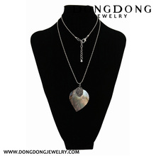 Shell shaped leaves with a round pattern with a drill Necklace Jewelry Necklace Jewelry long-style Necklace