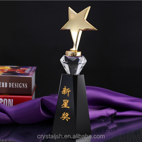 Hot Sale Star Crystal Trophy in metal crafts Crystal Plaque Award with black base for souvenirs and ceremony